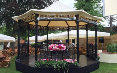 black and gold bandstand