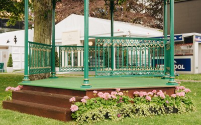 Green and gold bandstand stage
